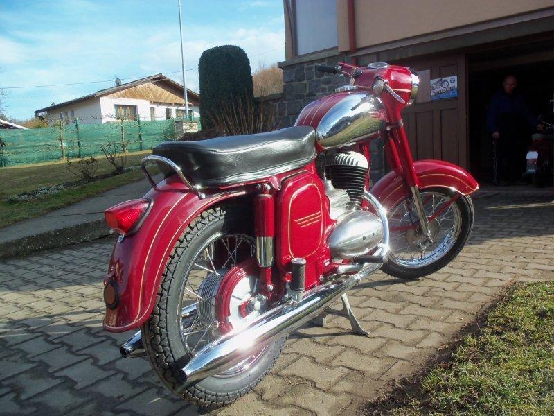 Jawa 250-592 Panelka bazar