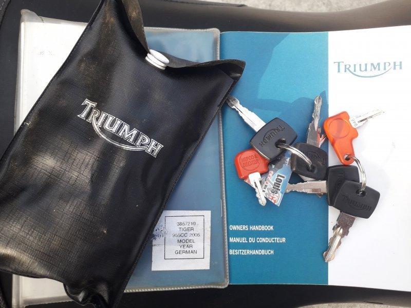 Triumph Tiger 955i bazar