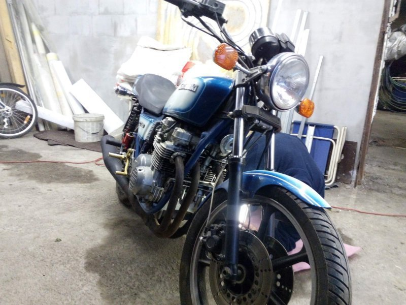 Kawasaki KZ 750 bazar