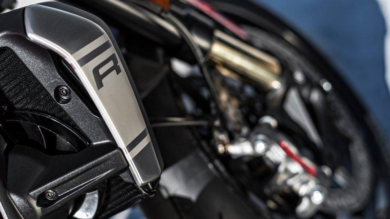 Ducati Monster 1200 R bazar