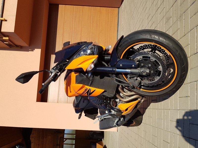 Kawasaki Z 800 e bazar