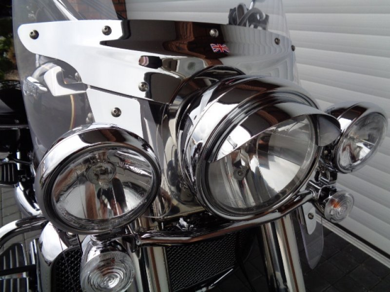 Triumph Rocket III Touring bazar