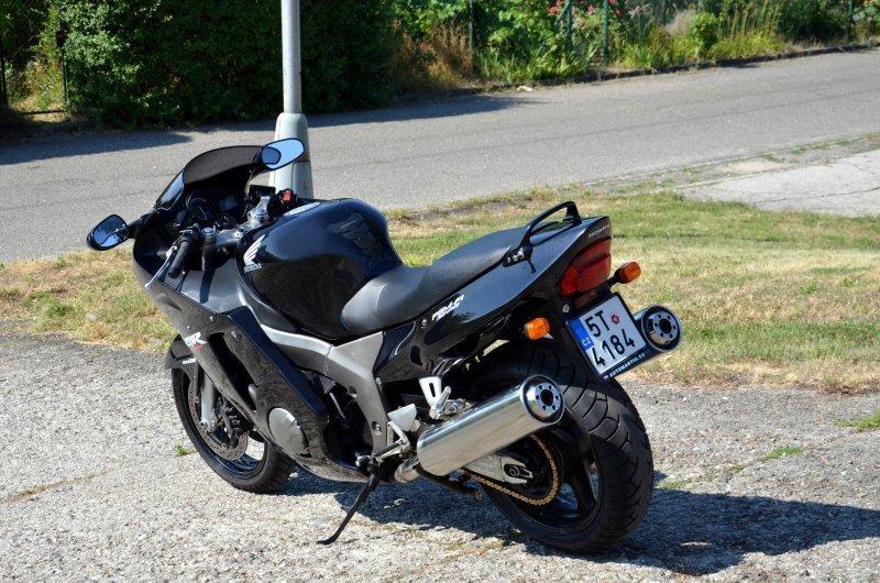 Honda CBR 1100 XX Super Blackbird bazar