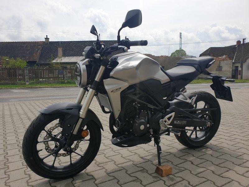 Honda CB 300 R bazar