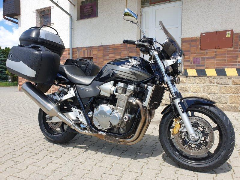Honda CB 1300 SA bazar