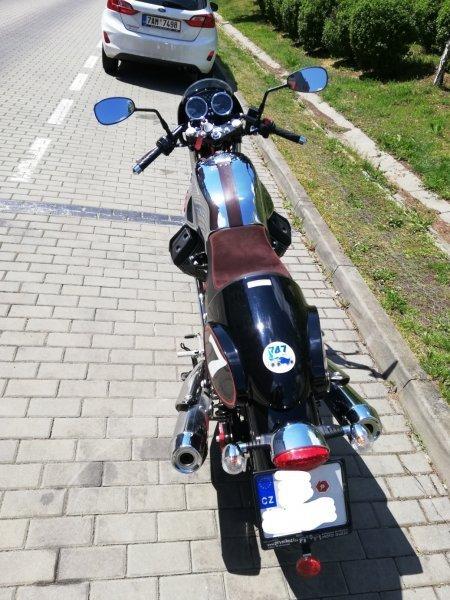 Moto Guzzi V7 Racer bazar