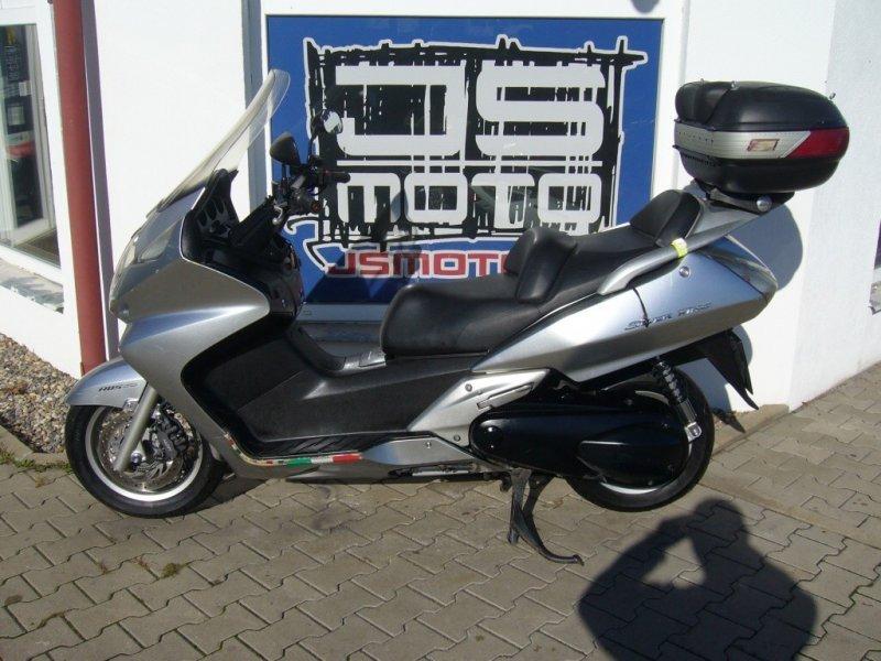 Honda FJS 600 Silver Wing bazar