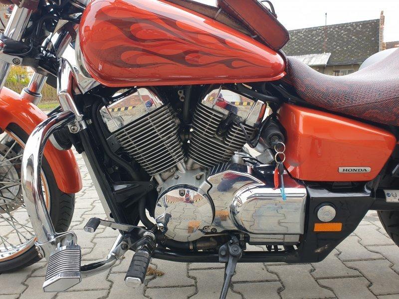 Honda VT 750 DC Shadow Spirit bazar