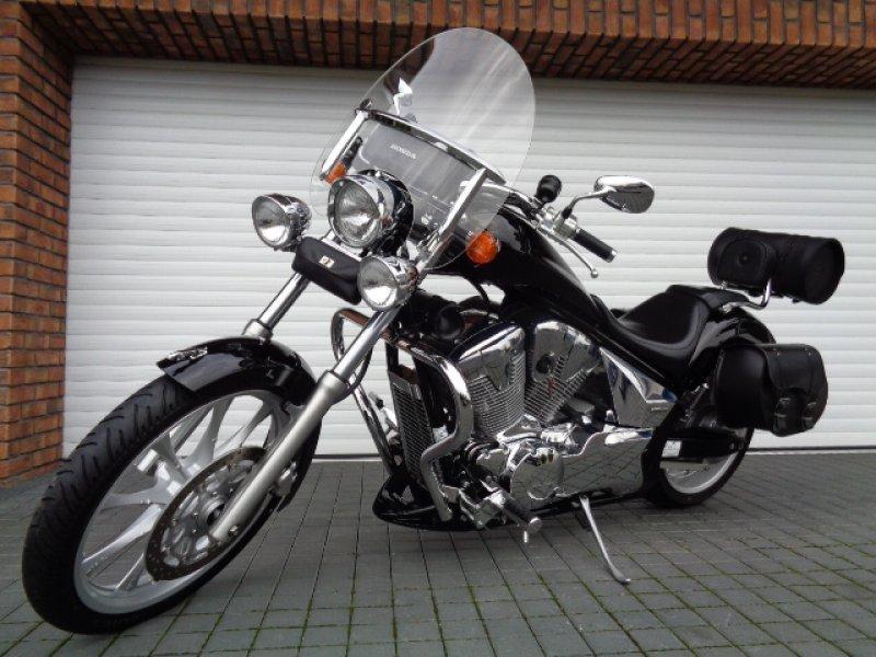 Honda VT 1300 CX bazar