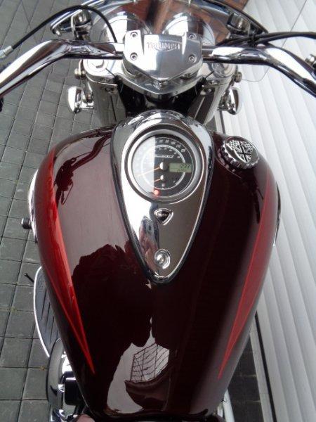 Triumph Thunderbird bazar