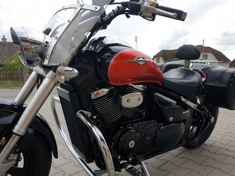 Suzuki Intruder M 800 bazar