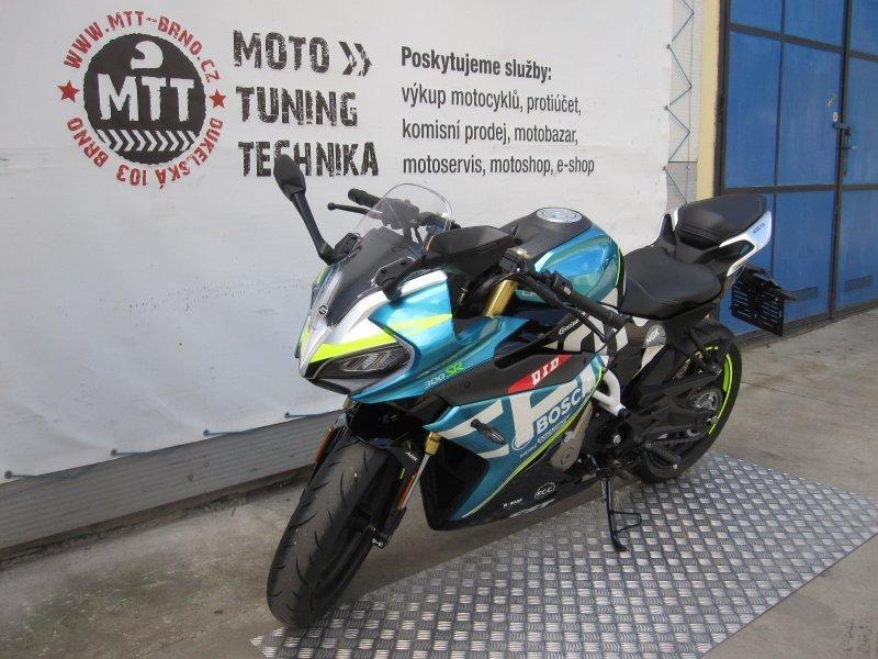 CFmoto 300 NK bazar