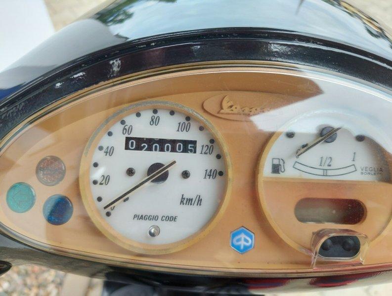 Vespa ET4 150 bazar