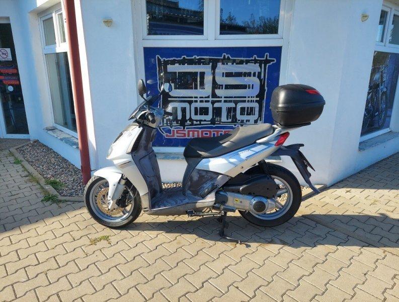 Aprilia Sportcity 250 bazar