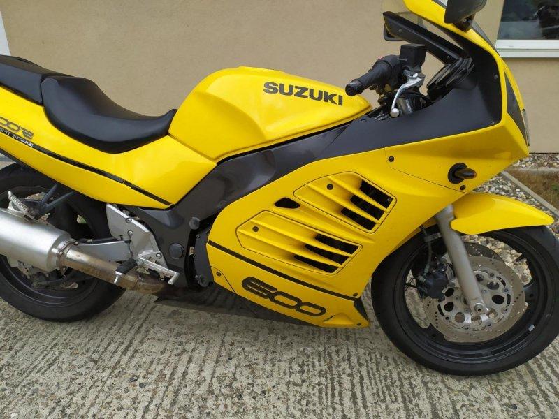 Suzuki RF 600 R bazar