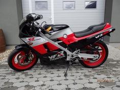 Honda VFR 400 R